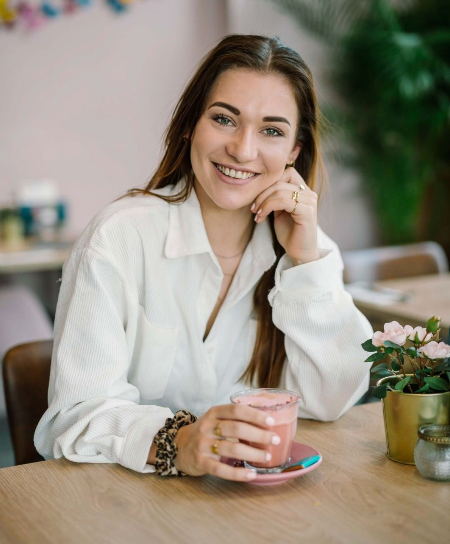 Lola van Boxel (24)