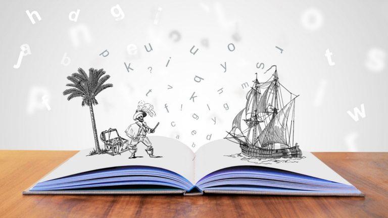 Storytelling is een belangrijk onderdeel van educatieve content marketing. Op deze foto zie je een open boek met daarop een palmboom met een schatkist, een piraat en een schip getekend.