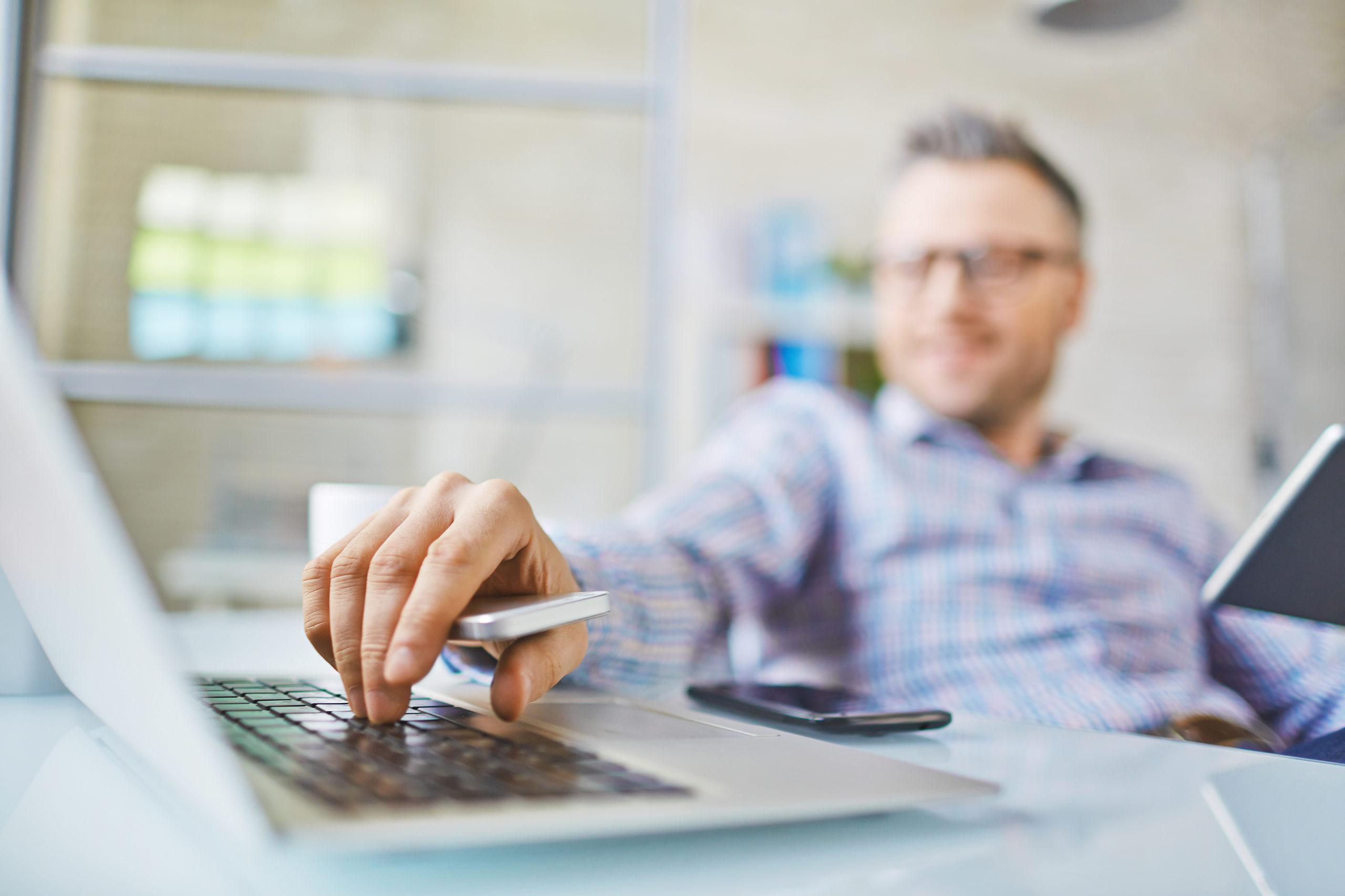 8 functies van een online leeromgevingsysteem om naar uit te kijken in 2021