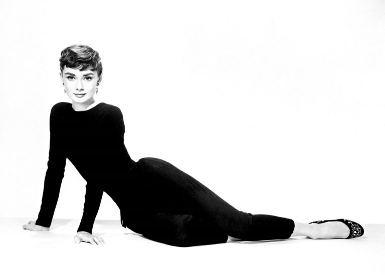 zwart wit foto van Audrey Hepburn