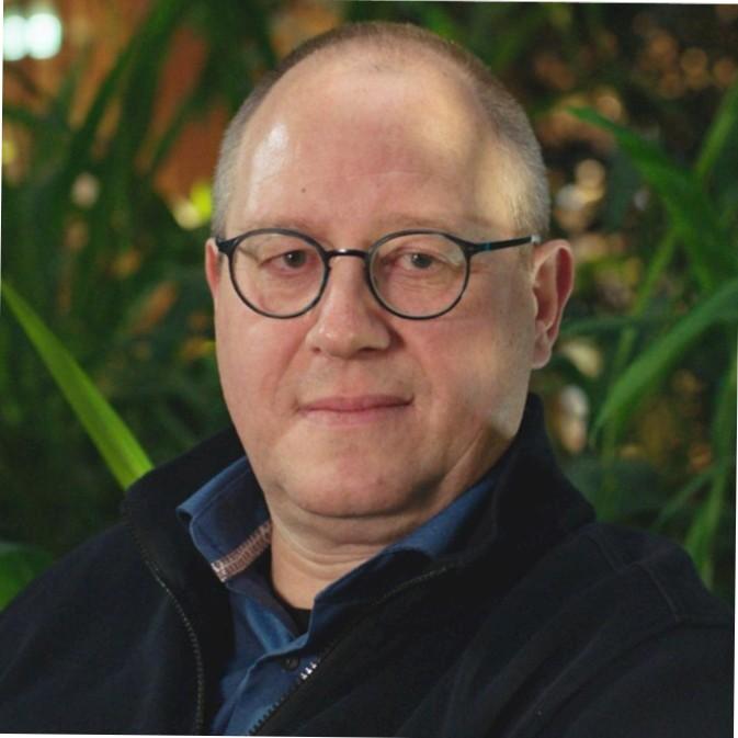 Thorsten Bakker