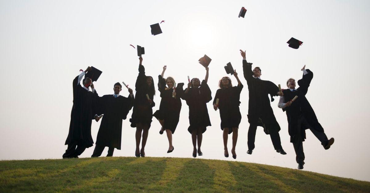 Zo houd je cursus alumni betrokken bij je community