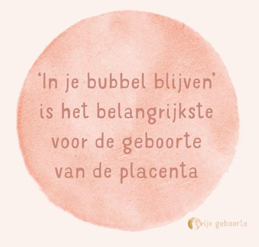 Geef de placenta de tijd om geboren te worden